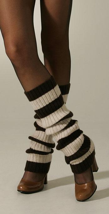 how do i wear leg warmers?